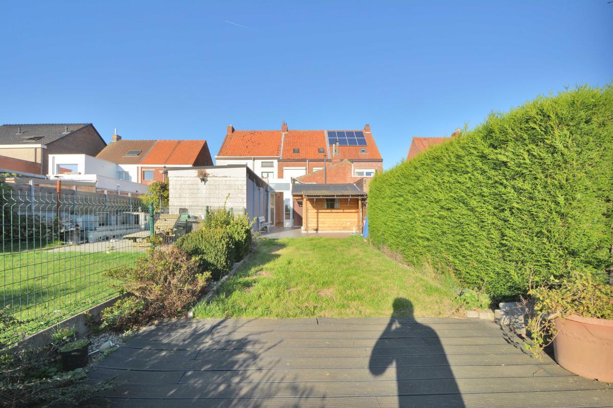 Top vastgoed waarschoot woning ruime woning met 4 for Huis met tuin te huur waarschoot